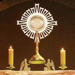 adoration-Jésus-eucharistie