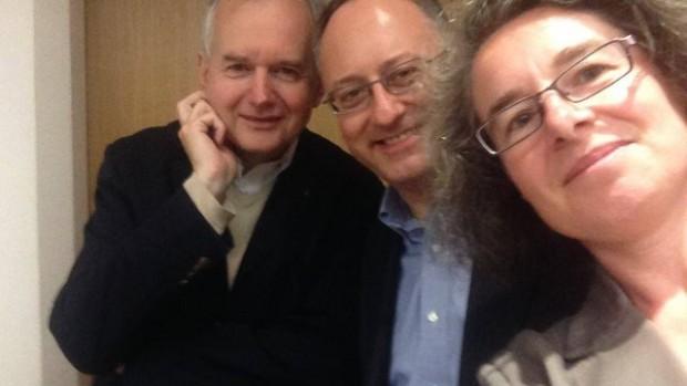 selfie antonio spadaro nathalie becquart françois euvé